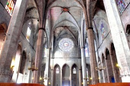 santa_maria_del_mar_-_interior_rosassa